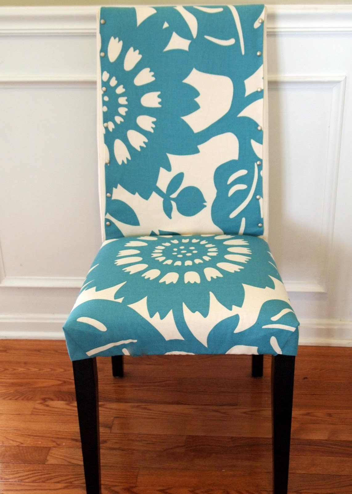 Blue And White Flower Theme Of Parson Chair Slipcovers