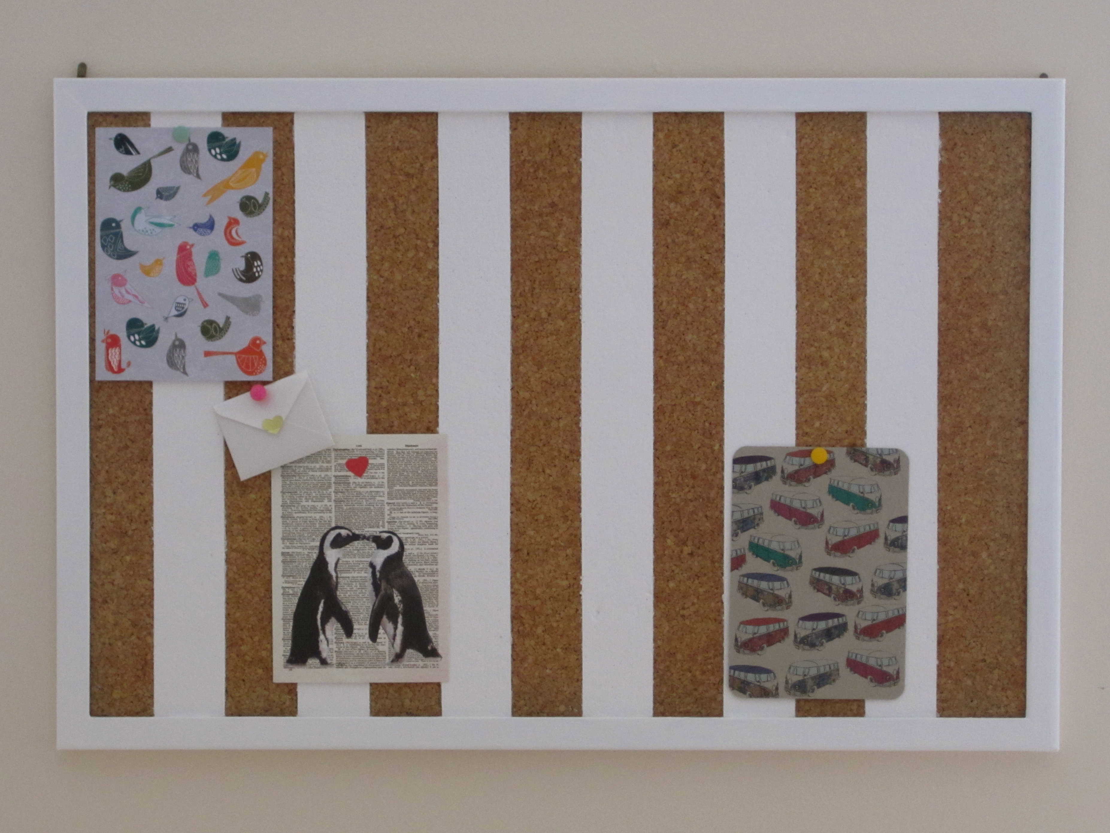 Cool cork boards ideas homesfeed for Diy bulletin board for bedroom