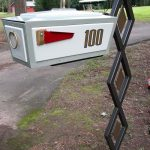 Mid century modern mailbox idea with attractive stand