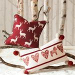 Beautiful Deer Motive Pillow Modern Christmas Decorating Ideas