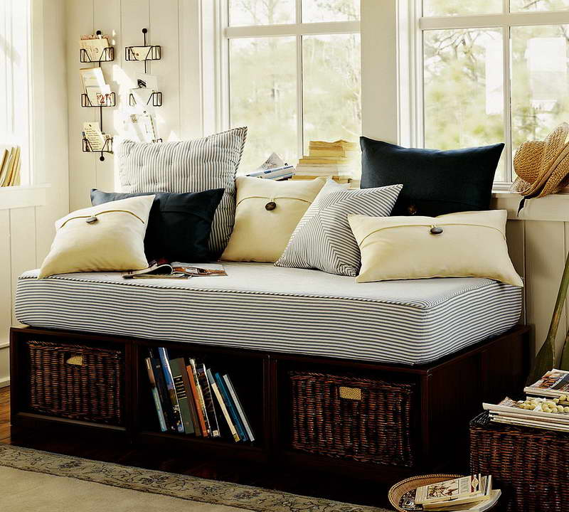 Pottery Barn Daybed Furniture Selections Homesfeed