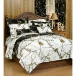 Realtree-Bedding-Camo-Bedding-Collection-in-black-and-white-colors--also-with-traditional-hunting-pattern-and-includes-comforter-and-1-standard-sham