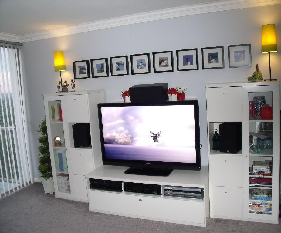 Ikea media cabinet still stunning even tv s off homesfeed - Ikea table tv ...