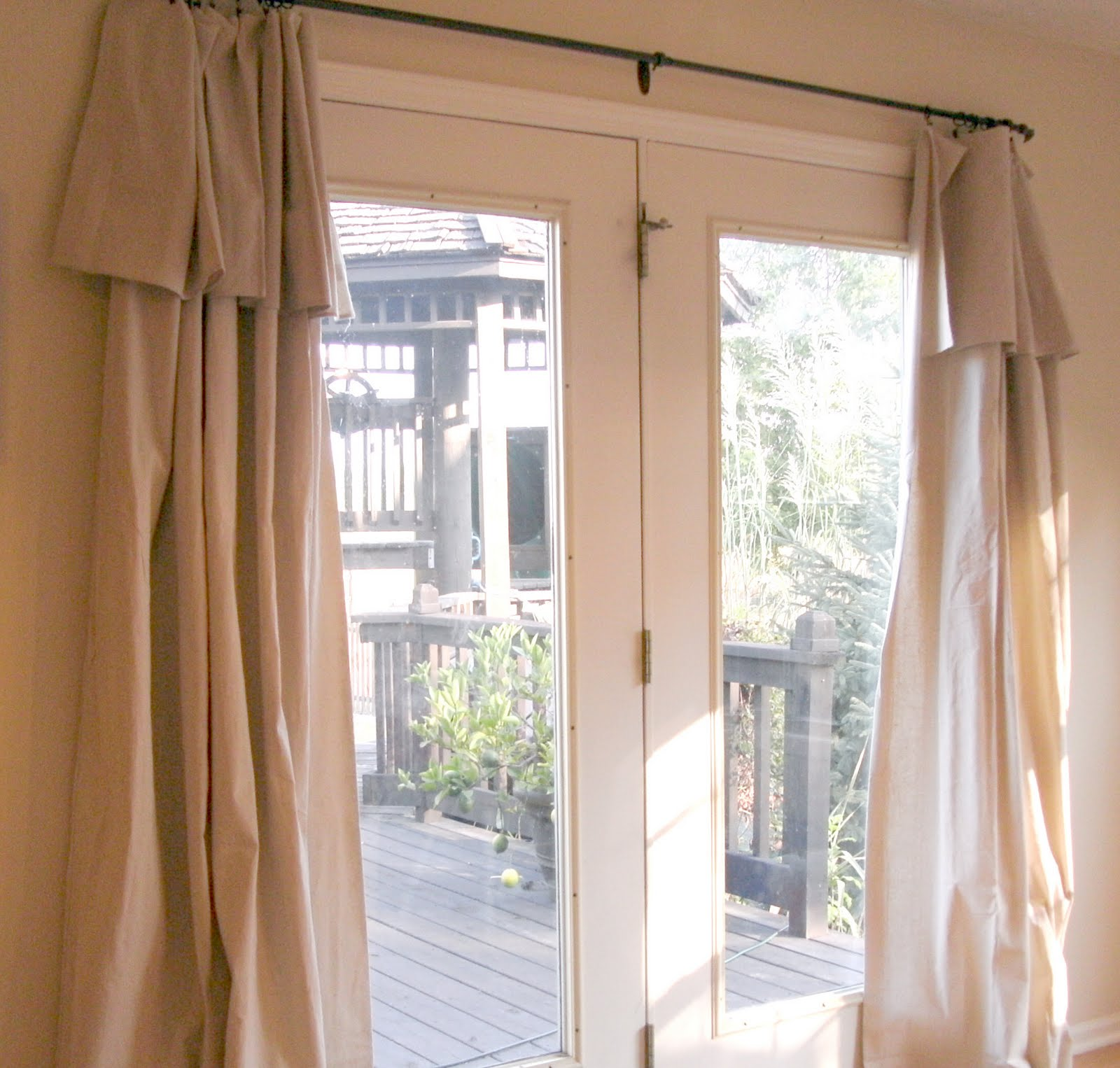 Curtain door ideas curtain menzilperde net for Door net curtains