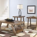 Wooden Cocktail Table Furniture Set WIth Cool Rug And Beautiful Lamp