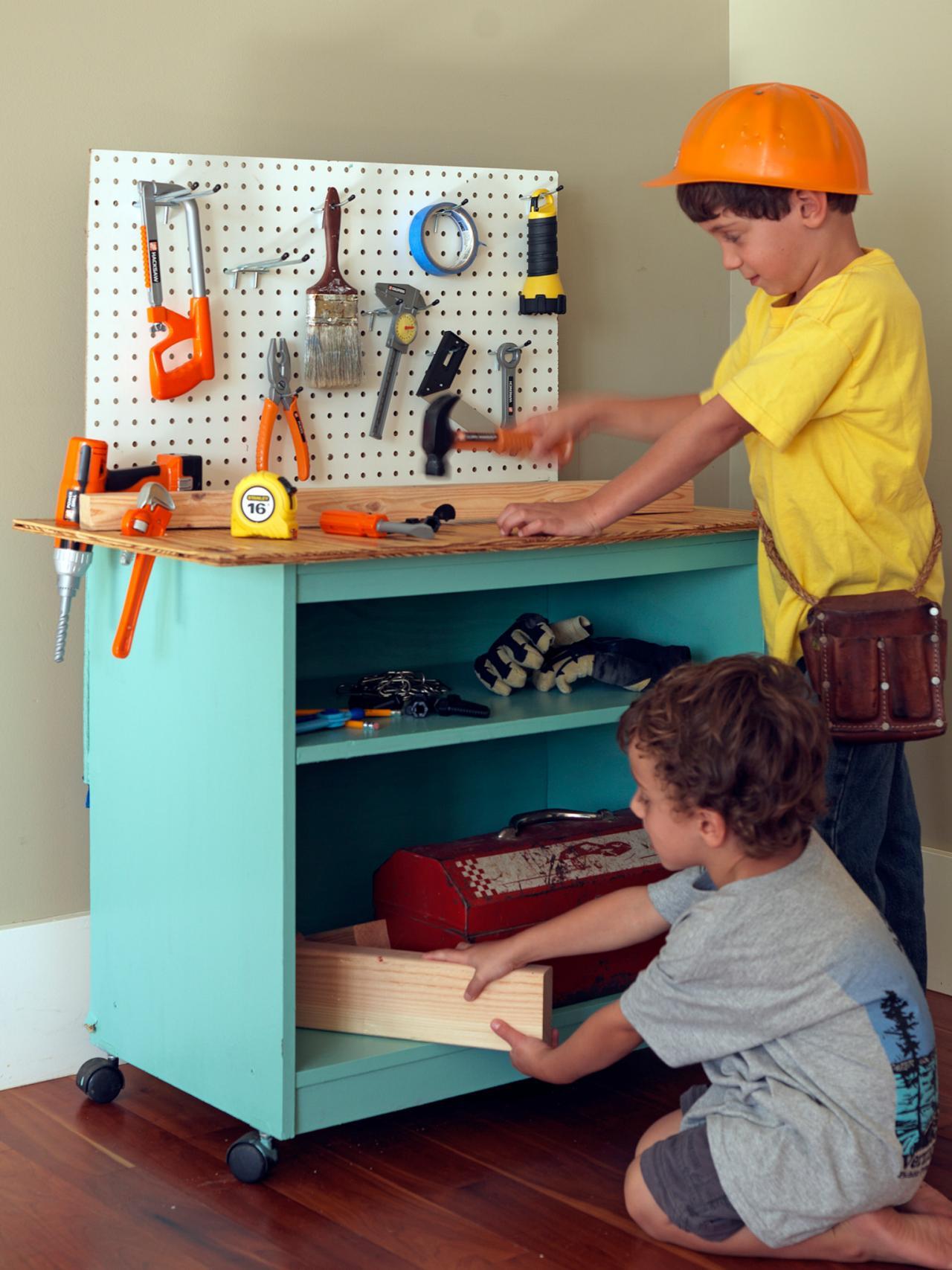 Kids Work Table Design - HomesFeed