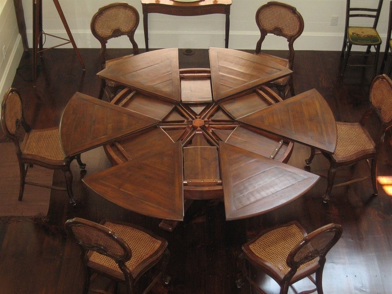 Western Heritage Dining Room Table