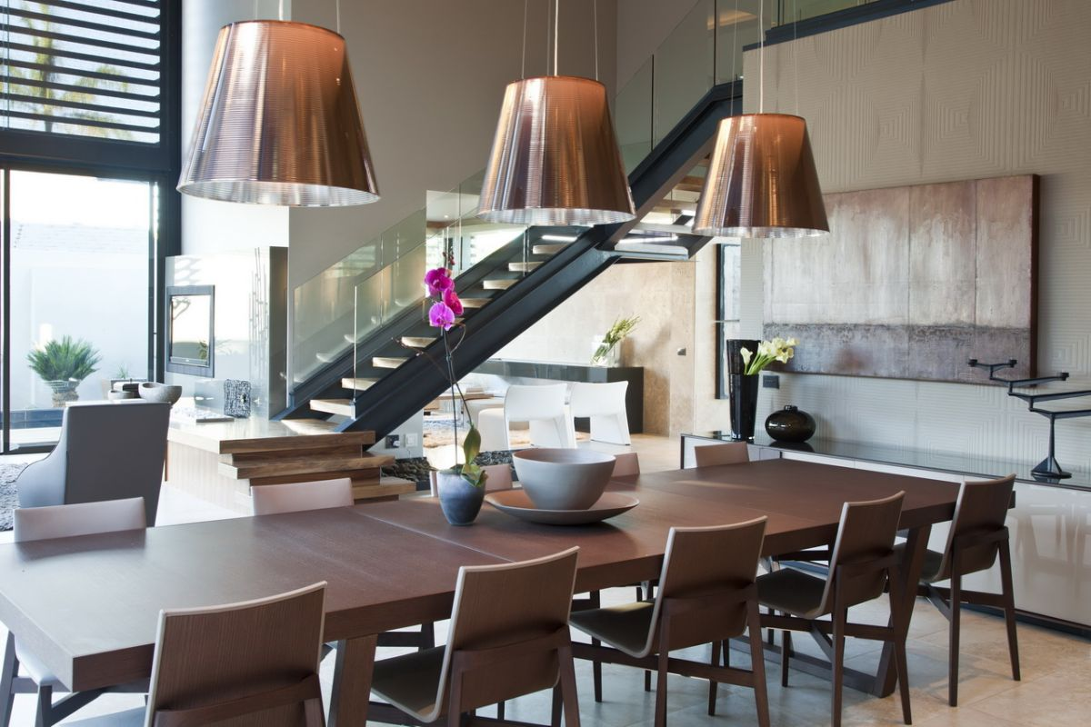 Luxurious Double Height Dining Room Idea With Large Wooden Dining Table  Design With Golden Vault Pendants