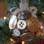 DIY Button Holiday Ornaments To Make For Christmas Tree