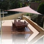 DIY shade sail in triangle shape