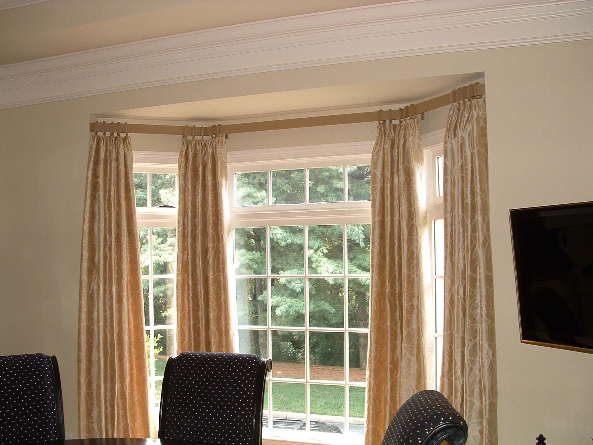 bay window curtains curtains ann curtain decor gorgeous bay curtain rods for bay windows homesfeed