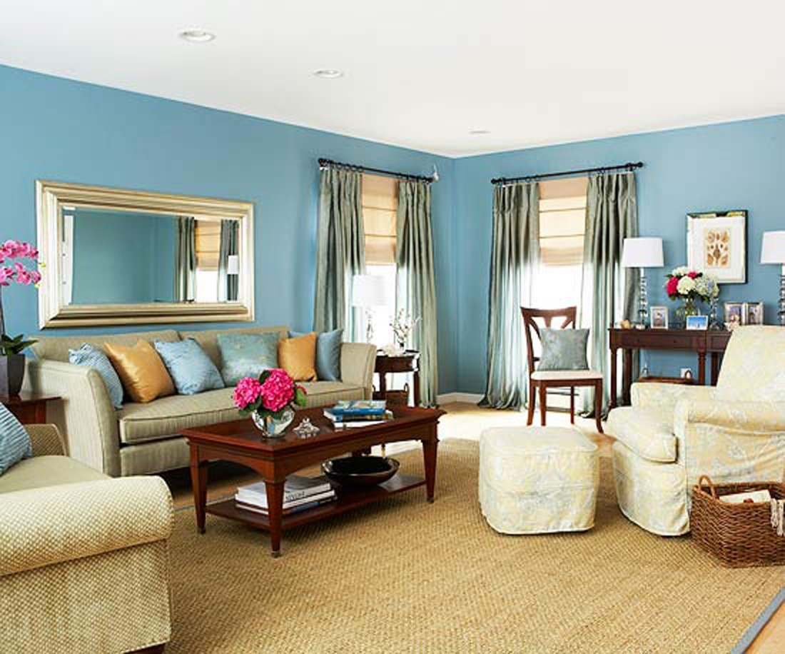 Teal living room decor homesfeed for Family room decor images