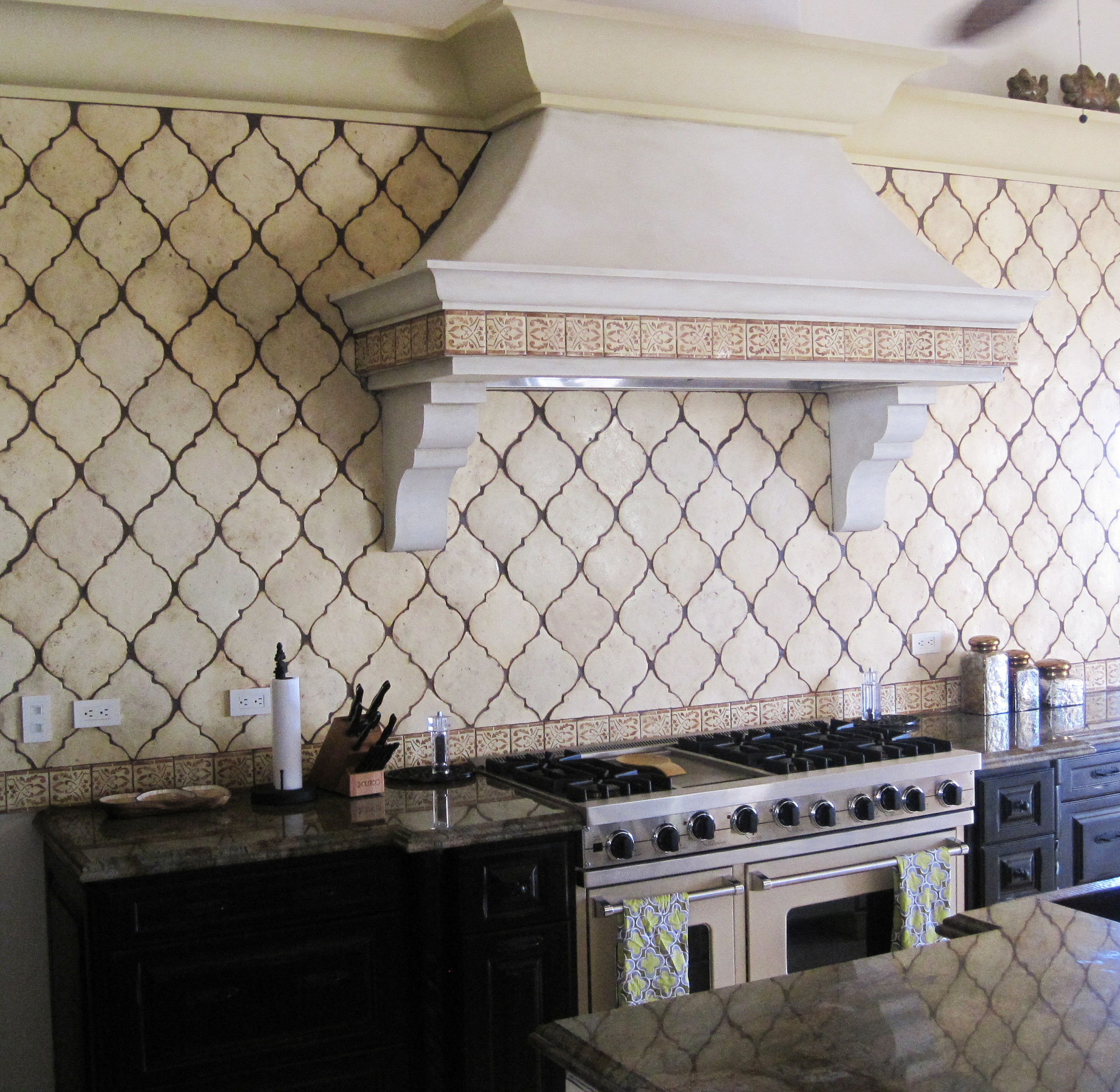 Create Thrilling Ambience in Your Kitchen with Beveled ...