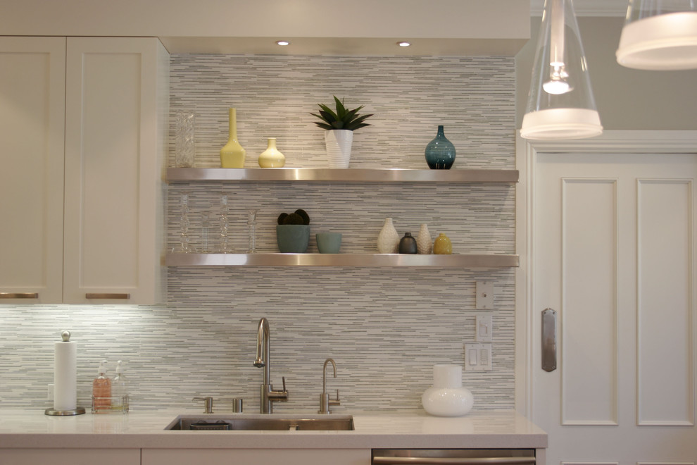 Gorgeous Kitchen Idea With Stone Backsplash And White Cabinet Pendants Stainless Steel Floating Shelf