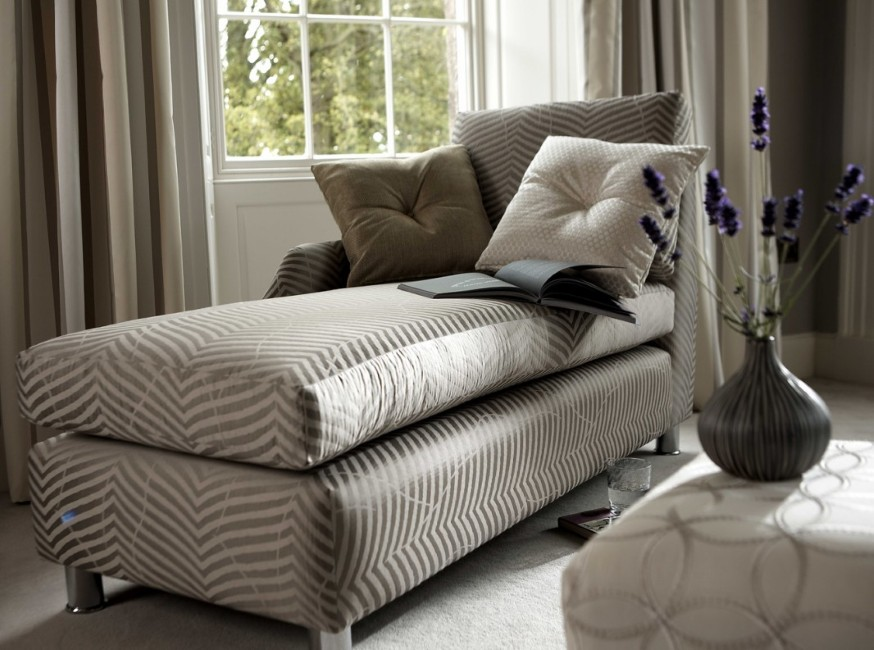Small Chaise Lounge - Unique Furniture for Comfortable ...
