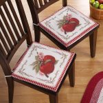 A pair of country chair pad for two dining chairs