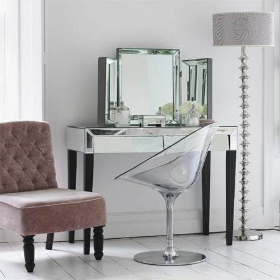 Newest Selections of Makeup Vanity Chair | HomesFeed