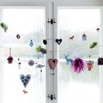 Cute and  beautiful window ornaments for Christmas Day
