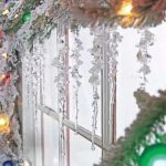 Gorgeous Christmas decoration idea for windows
