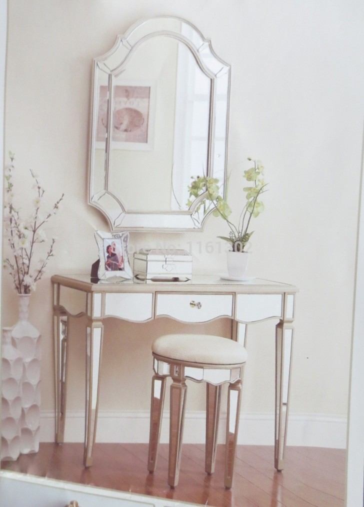 mirrored bedroom vanity newest selections of makeup vanity chair homesfeed 12425