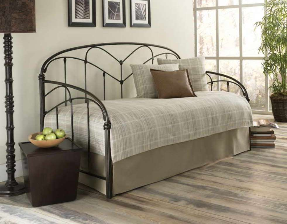 Best Contemporary Daybed Covers - HomesFeed