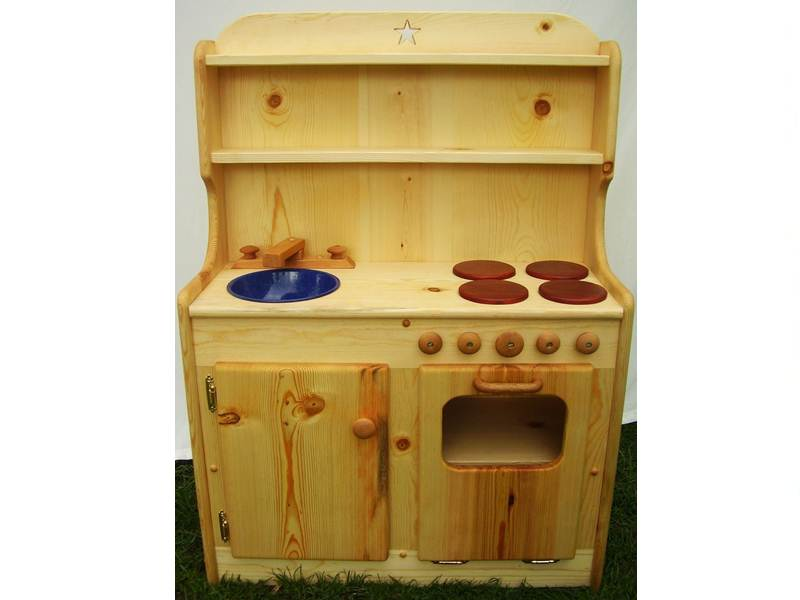 Good Wood Play Kitchen Sets | HomesFeed