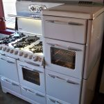 White Antique Looking Stoves With Oven