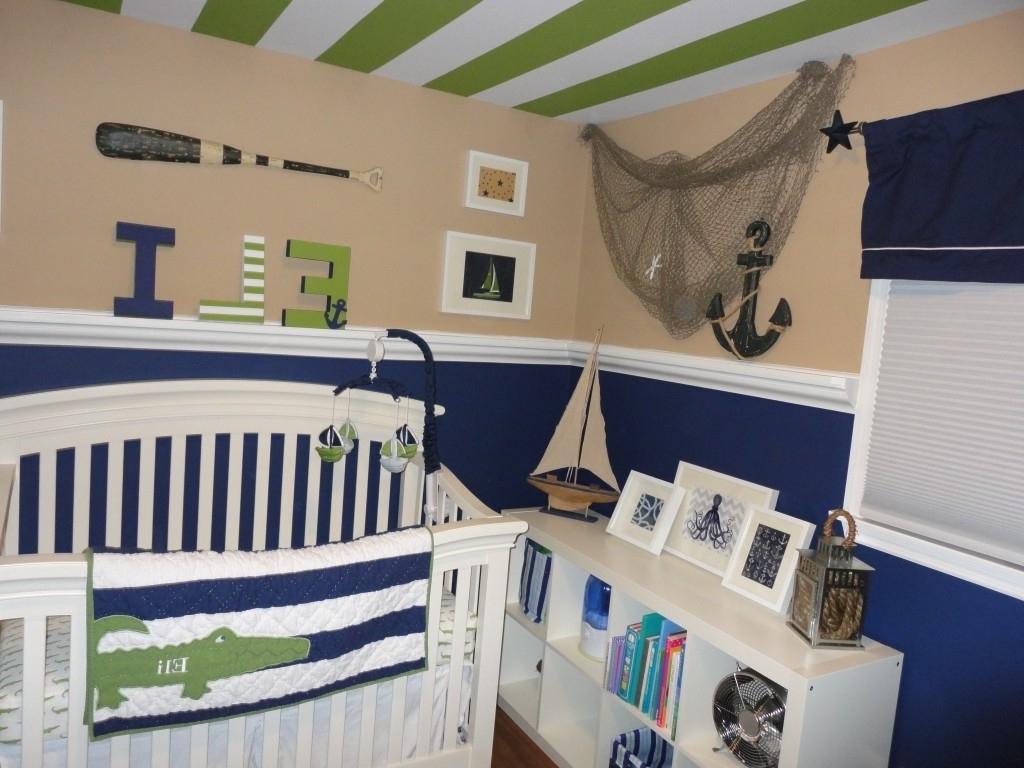 Animal Baby Room Theme