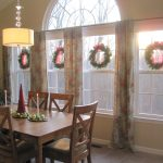 Morning Room Christmas Decor Wood Table And Chairs With Warm Chandelier