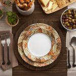 Natural Thanksgiving Dinnerware Sets With Wooden Base