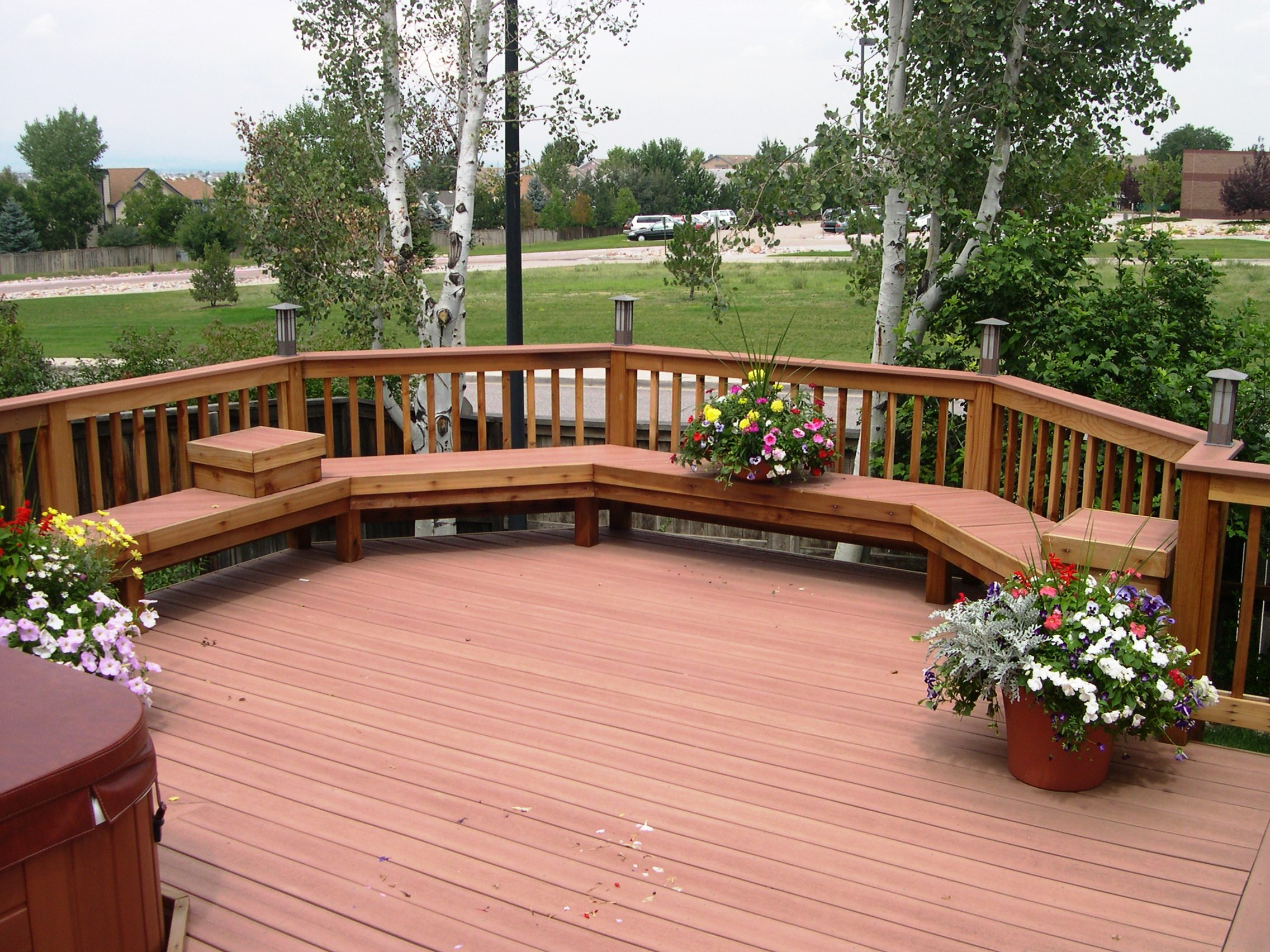 Awesome Home Deck Designs - HomesFeed on Garden Patio Decking Ideas id=78228
