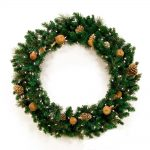 Pictures Of Christmas Wreaths With Small Natural Accessories