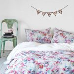 Red Blue White Plum And Bow Bedding With Green Chair With Books