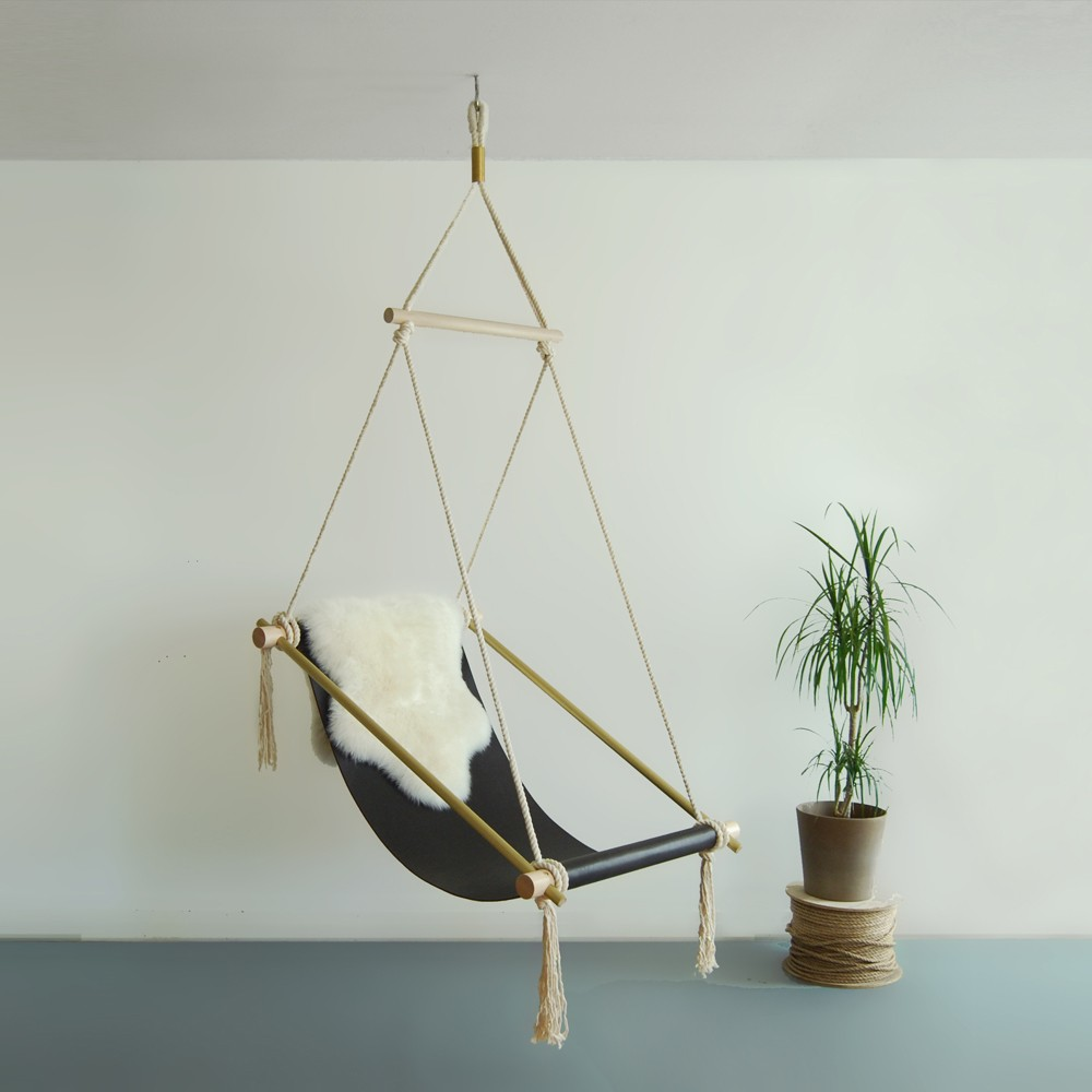 Chairs That Hang From The Ceiling