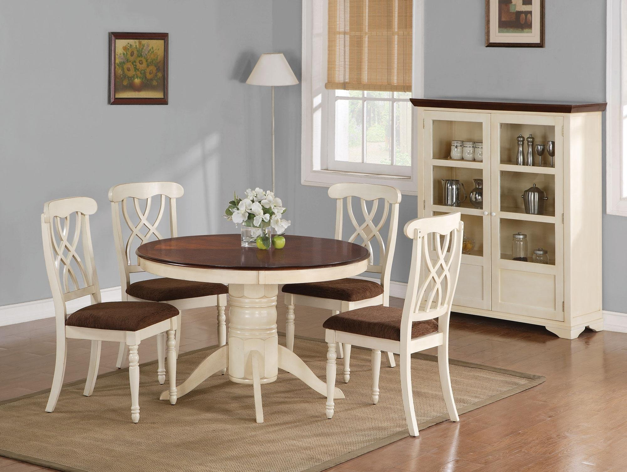 White Round Wooden Kitchen Table With Chairs And Flower Brown Carpet Standing Lamp At Room Corner