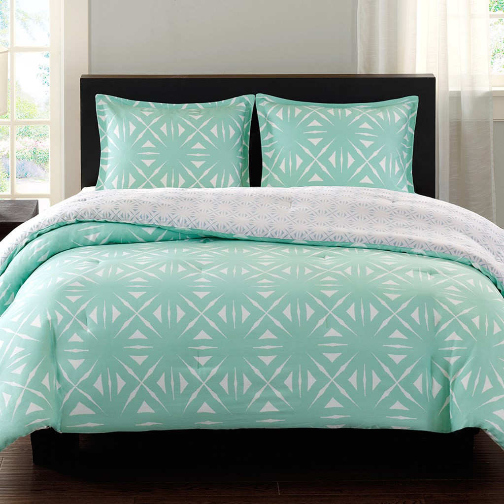 light turquoise bedroom turquoise and white bedding set product selections homesfeed 12110