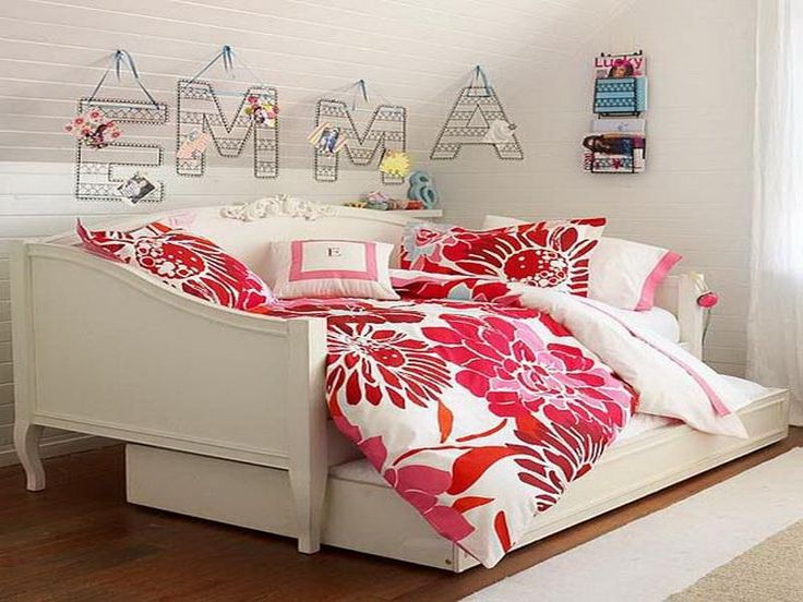 Oversize Daybed With Trundle In White Designed By Ikea
