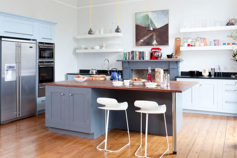 small open kitchen model white stools breakfast bar with darker wood top glossy black countertop medium wood floor idea white open shelves