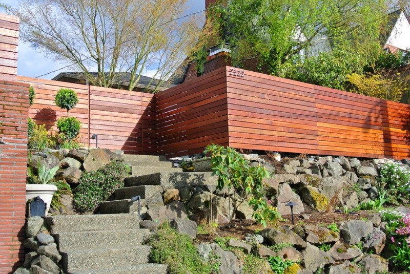 contemporary wood fences in clean lines and high end look