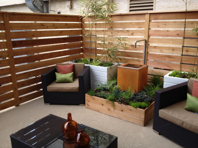 modern patio horizontal cedar fence idea