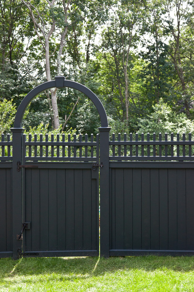 Fancy Your Home's Exterior & Landscape with These ... on Gate Color Ideas  id=17647