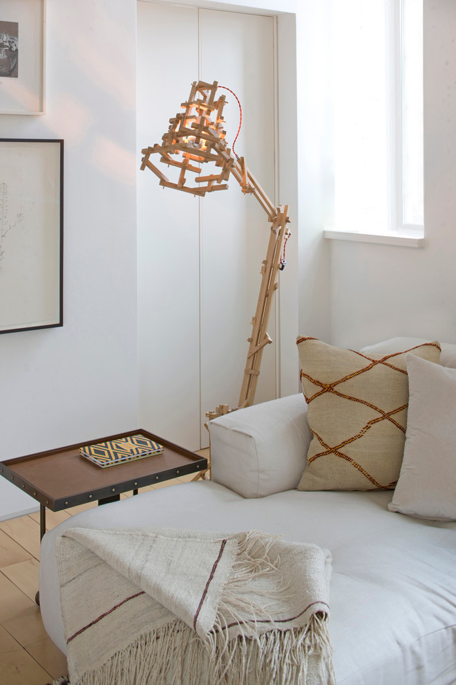 creative floor lamp made of slatted woods