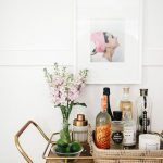 Gold Toned Tray Natural Fiber Basket Glass Vase For Living Flowers