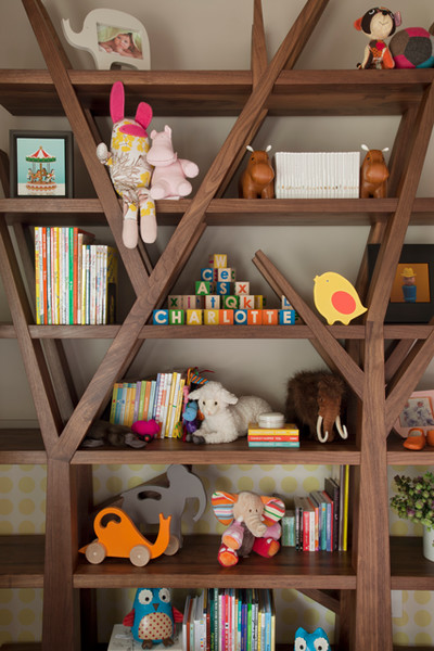 Tree like bookshelf for kids
