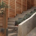 Retaining Wood Fences In Modern Style