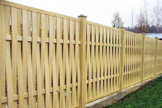 wooden fences with modern & traditional blend