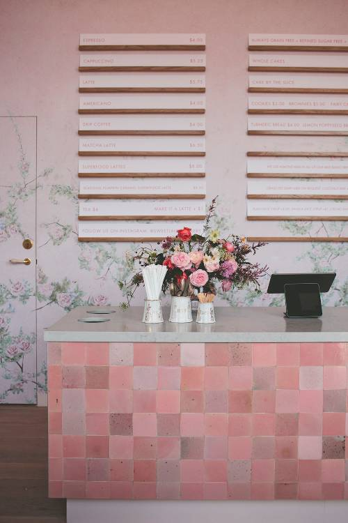 mosaic tiles counter paneling idea adopted from earthy neutral color schemes