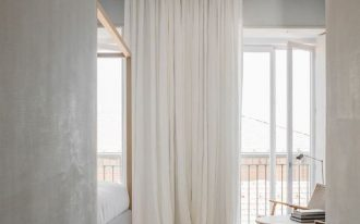 floor to ceiling window curtains in broken white color with concealed hardware