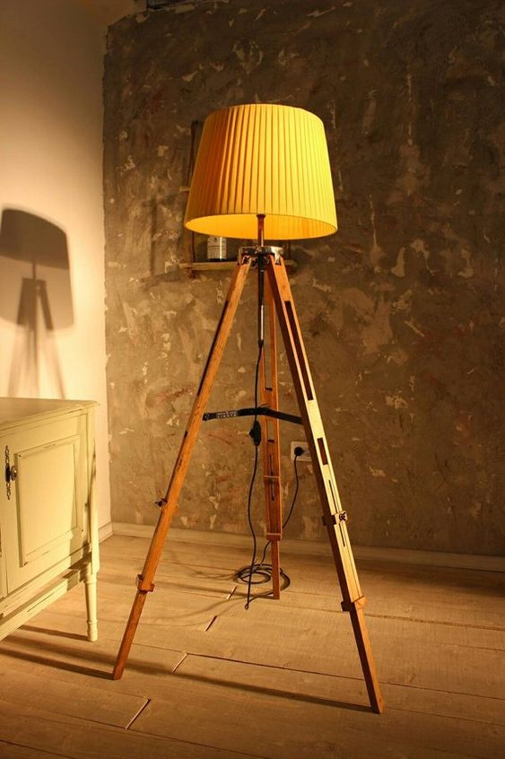 eco friendly tripod lamp made of recycled plastic and iron reclaimed wood