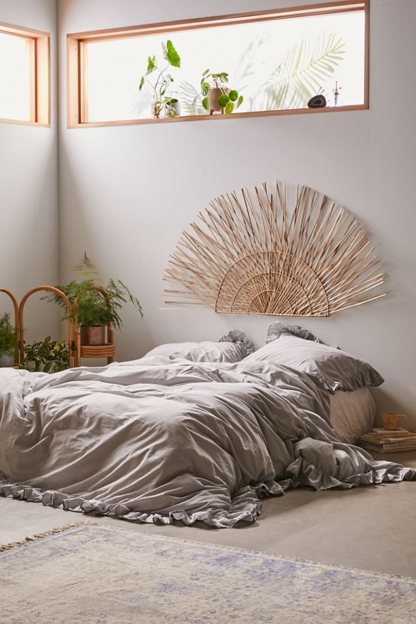 floor bed idea gray bed treatment bamboo strands headboard as Boho accent